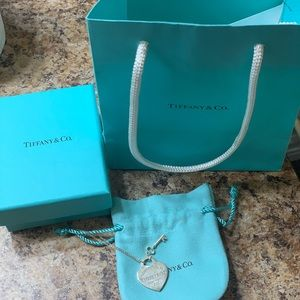 Tiffany and Co signature necklace